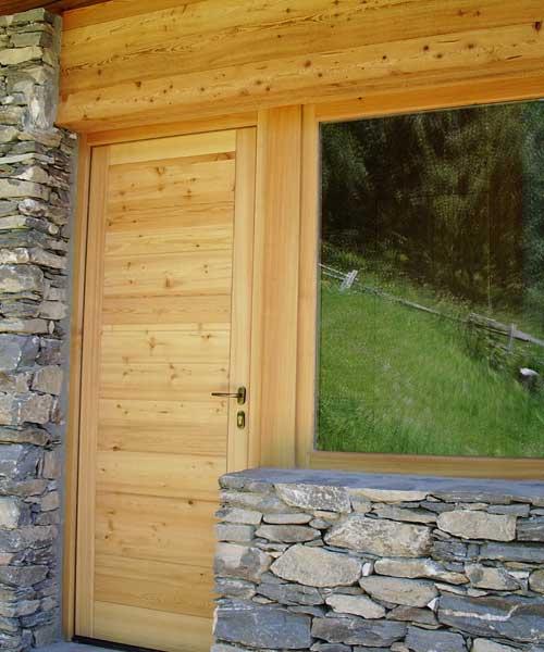 Serramenti esterni e portoni garage topwood for Serramenti esterni